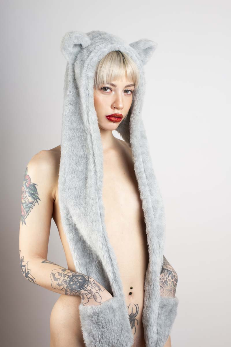 TOXIK FUR SCARF HOOD WITH EARS AND POCKETS LIGHT GREY